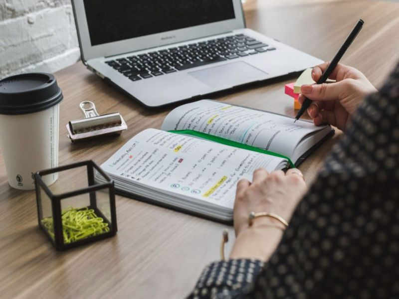 When You Should Hire A Small Business Accountant?