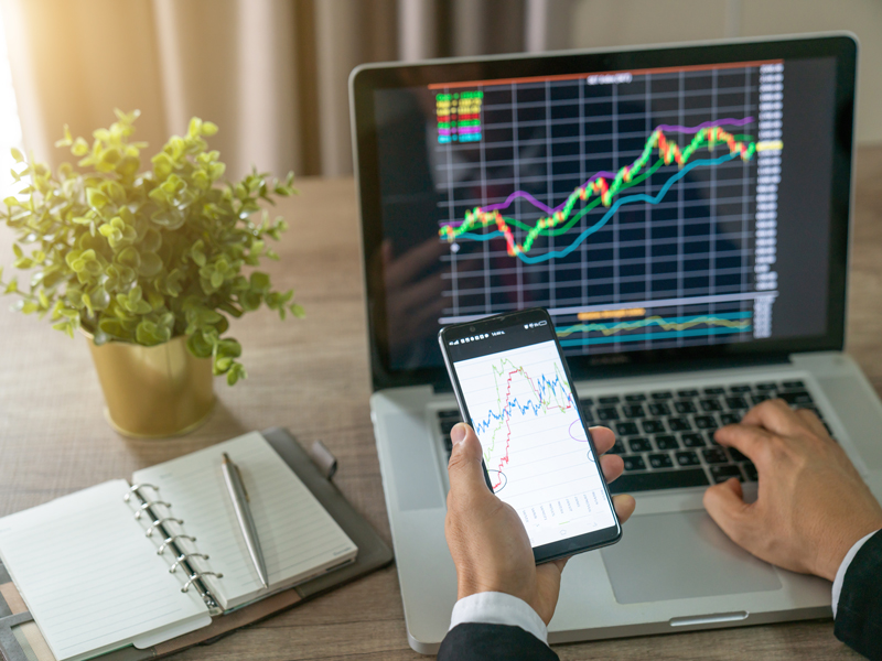 Why do profitable traders differ from losing traders